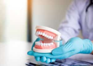 cleaning how to remove plaque from dentures